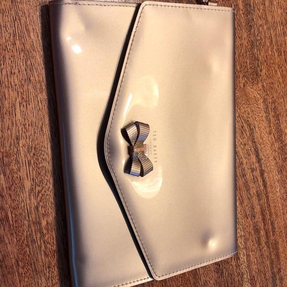 Ted Baker London Handbags - Ted Baker London clutch